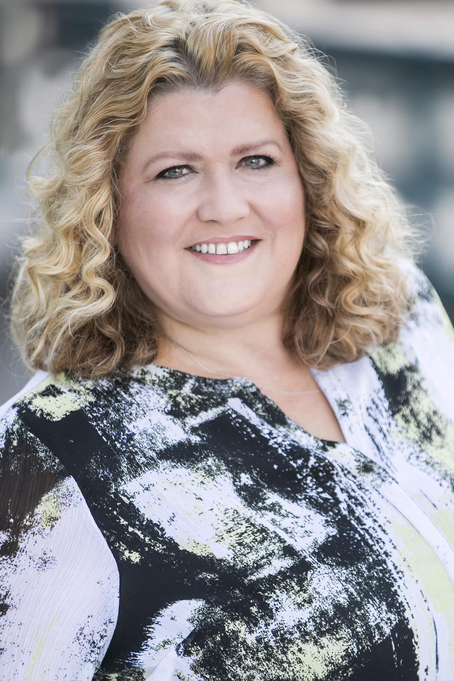 Anne Tuccitto Photo - http://www.tatonkare.com/